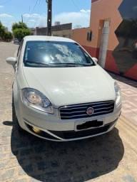 Fiat Linea ESSENCE 1.8  Automático 2014/2015