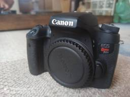 Câmera Canon T6S