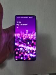 Galaxy s10  normal,  128gb,  com todos os acessórios. No dinheiro 1700, troca 2 mil