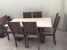 Mesa de jantar barata Luísa