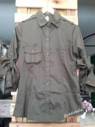 Blusa militar feminina em tecido