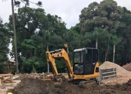 Locação mini escavadeira