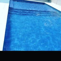 Limpeza de piscinas profissional