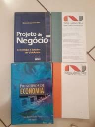 Livros novos e livros usados