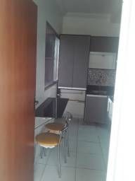 Apartamento 2 dormitórios, com modulados na Max Teixeira C.Nova