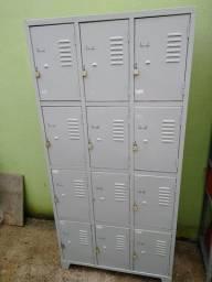 Armário para funcionários 12 portas