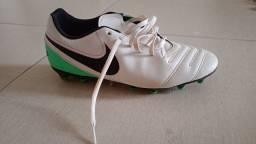Chuteira Nike n-39 original