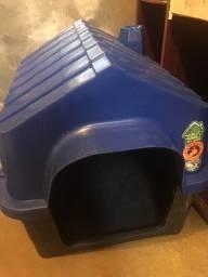 Casinha de cachorro  $50