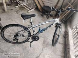 Bicicleta quadro de alumínio.. toda filé