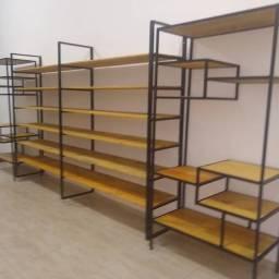 Mesas , bancos, prateleiras,rack etc..