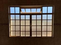 Janela de aço com vidro