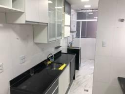 Apartamento em Copacabana com 2 quartos, cozinha gourmet e 2 banheiros