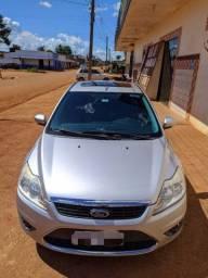 Ford Focus Ghia - 2010