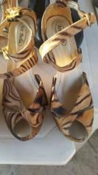 Sapatos e melissas semi novo
