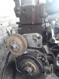 Motor MWM sprint bombeado 4 cilindros
