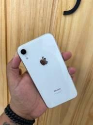 IPhone XR 128GB na caixa