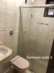 Casa com três quartos no bairro de Fátima