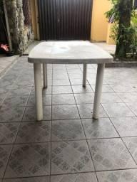 mesa resistente desmontável