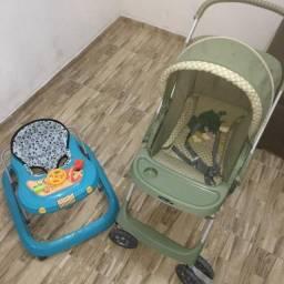1 Carrinho de bebê e 1 andajar.