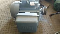 Motor monofásico de 7,5 vc weg triturador 2.500,00 reais