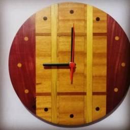 Relógio de parede estilo rústico