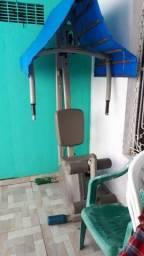 Máquina de musculação athletic