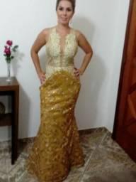 Vestido Barbara Melo,dourado