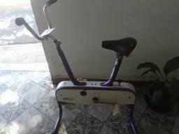 Bicicletade ginástica da marca caloicicle