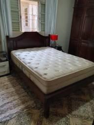 Linda cama colonial
