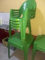 Conjuntos mesas e cadeiras