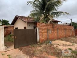 Casa com 2 dormitórios à venda, 70 m² por R$ 100.000,00 - Centro - Navirai/MS