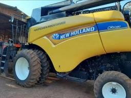Colheitadeira New Holland CR 5080