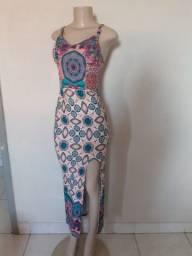 Vestido longo tamanho M ( estica)