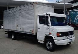 MB 710 Plus baú ano 2011 extra pra exigentes