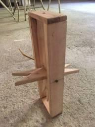 Carretilha de madeira