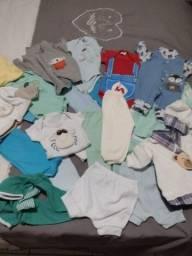 vendo lote de roupas 24 peças