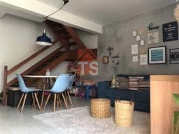 Casa Triplex de Vila e Terraço com Churrasqueira