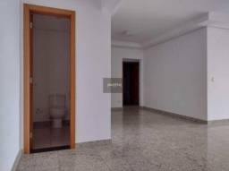 Apartamento de 3 quartos para locação, 141m2