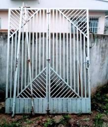 Portão 500,00