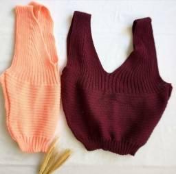 Cropped novos em tricô