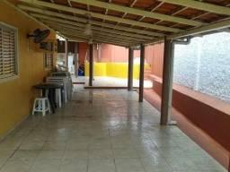 Casa cd. Villa Lírios,03 qtos,edícula,banheira hidro, 03 vgs.gar.