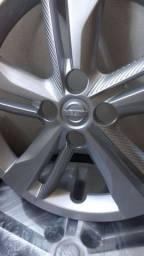 Rodas de Ferro + Calotas Nissan Kicks