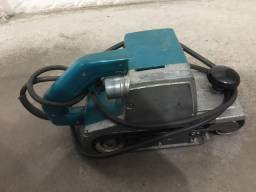 Lixadeira de cinta Makita modelo 9401 220v 940w