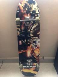 Skate Marvel semi novo