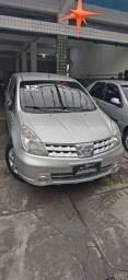 Nissan Livina 2012 completo