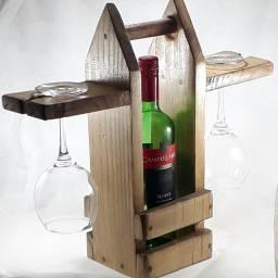 Porta vinho mini adega de madeira mesa e piquenique com taças artesanal