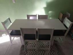 Mesa em mdp 6 lugares (usada)