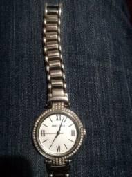 Título do anúncio: Vendo relógio Anne Klein