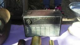 Lindo radio antigo decoraçao