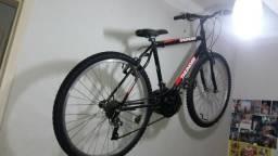 Bicicleta thunder com capacete para bicicleta medio